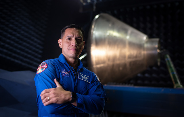 Frank Rubio: From Pilot to Doctor to Astronaut