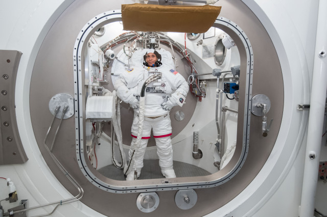 Jeanette Epps: Astronaut and Aerospace Engineer